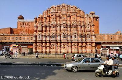 Tempat wisata terkenal di India hawa mahal