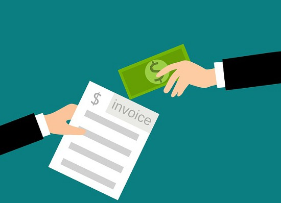 Managing your Expenses While Staying Away from your Home