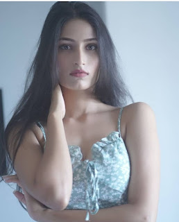 Hot Indian Girl Beautiful Images Wallpaper Navel Queens