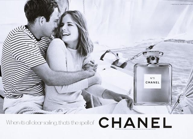 100 anni Chanel n°5 campagne pubblicitarie famose Chanel n°5 evoluzione packaging profumo chanel n5  profumo chanel storia packaging chanel n5 perfume mariafelicia magno fashion blogger colorblock by felym storia del design design di prodotto design fashion bloggers italy beauty blogger