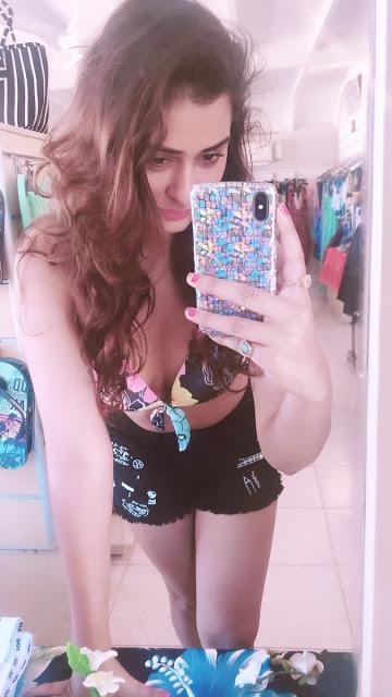 Payal Rajput Latest Selfie Pics actressbuzz.com