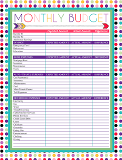 Free Printable Monthly Budget Worksheet | A series of over 30 free organizational printables from ishouldbemoppingthefloor.com | Three Designs & Instant Downloads