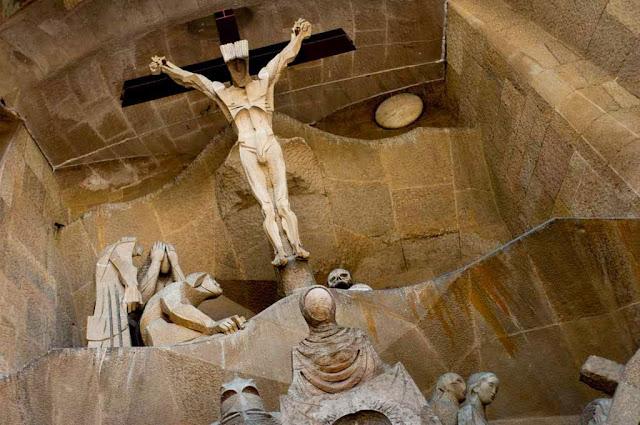 Fachada de la Pasión en La Sagrada Familia
