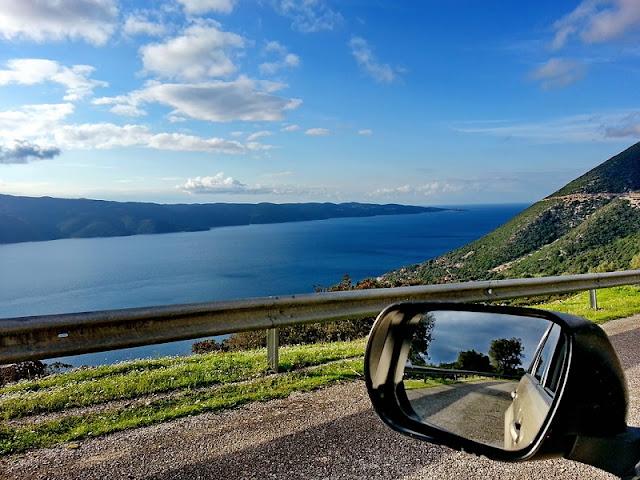 Viagem de carro alugado em Mykonos