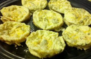 mini frittata, breakfast recipe, easy breakfast ideas, breakfast for toddlers, make ahead breakfast foods