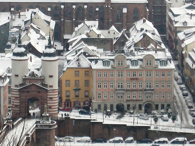 Hotel Holländer Hof Heidelberg and Old Town with Snow