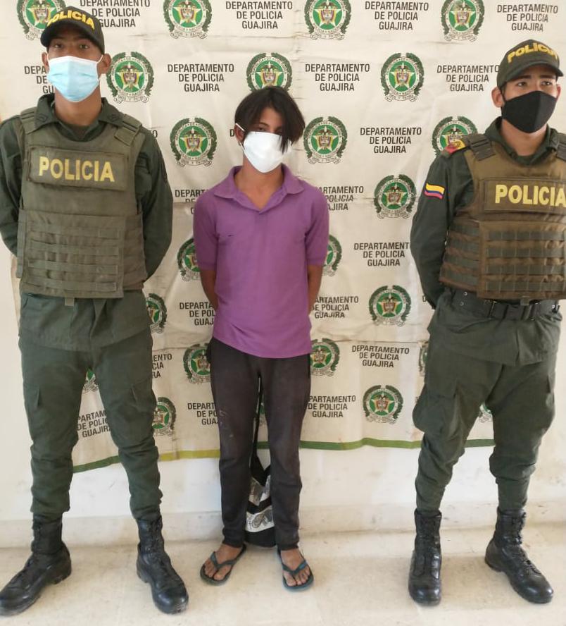 https://www.notasrosas.com/Policía Guajira lo captura en Riohacha, cuando intentaba abusar de un menor de edad