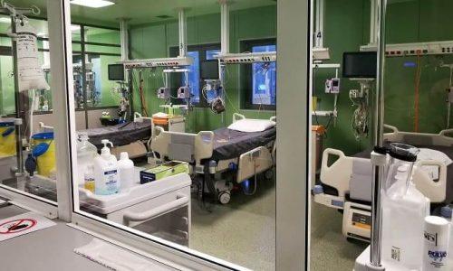 Σε λειτουργία μπαίνει από το πρωί του Σαββάτου η ΜΕΘ- COVID στο Νοσοκομείο Χατζηκώστα. Η μονάδα δημιουργήθηκε τις τελευταίες ημέρες και κάτω από την ασφυκτική πίεση που προκαλεί η πανδημία.