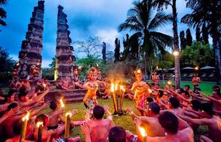 Tari Kecak di Bali