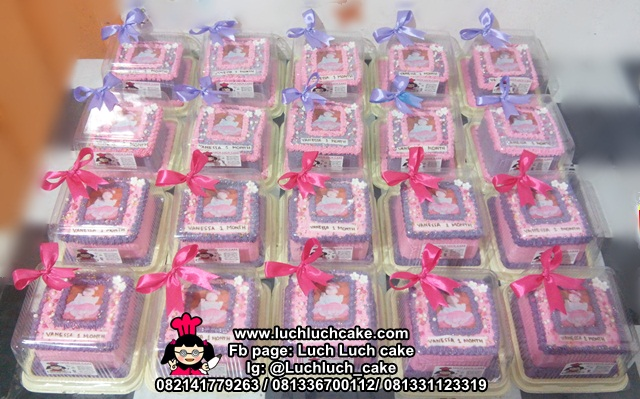 Mini Cake Baby One Month Old Hampers Manyek