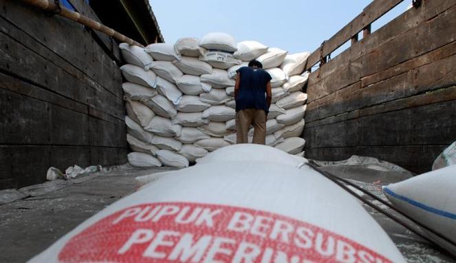 DPR Minta Jokowi Berantas Mafia Pupuk Bersubsidi yang Disalurkan Khusus Petani, Kalau Tidak..