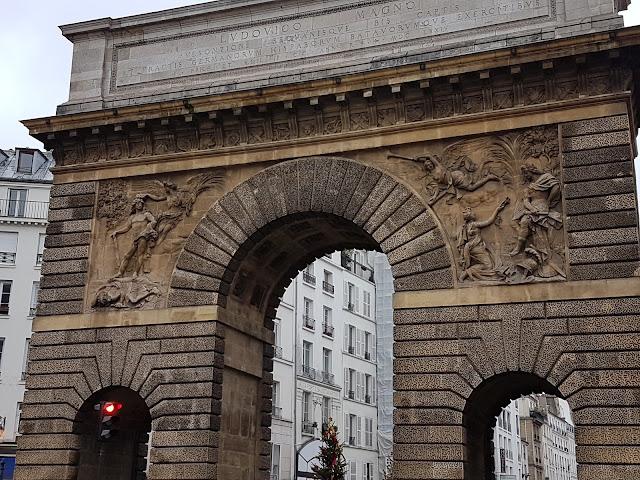 L'arc de triomphe de la porte Saint-Martin