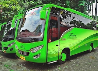 Sewa Bus Medium Jakarta Timur