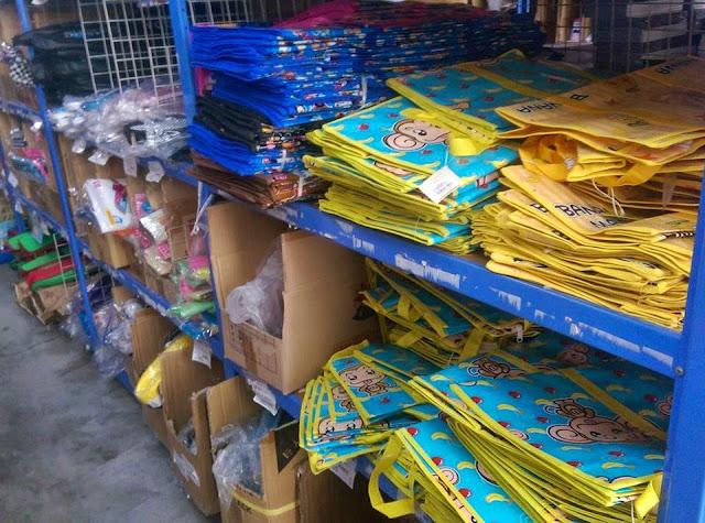 11112461 969433039743152 2169116834722412281 n - 台中烏日六信玩具批發,玩具、零食、文具都有,小孩不能進入
