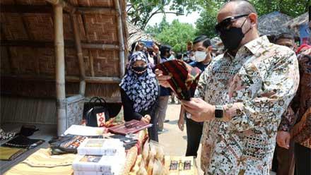 Launching Desa Emas di Lampung