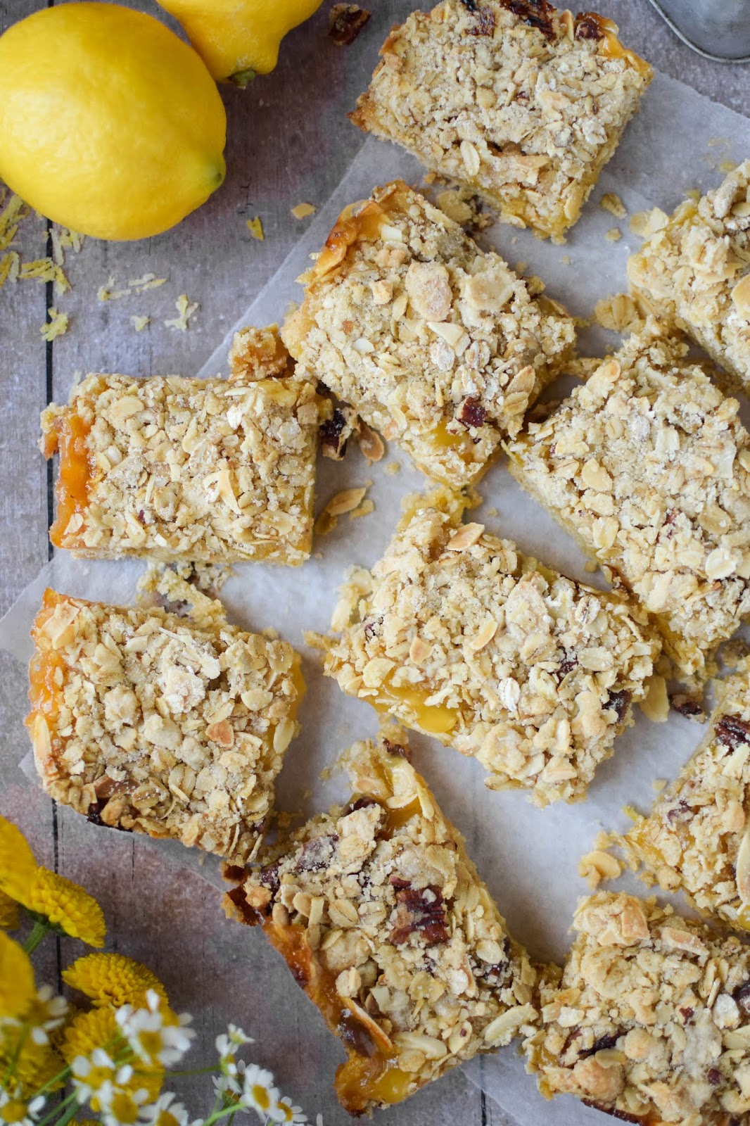 These deliciously zingy, lemon curd crumble bars are to die for. Bright and tangy lemon curd sandwiched between a buttery biscuit base and a nutty, oaty crumble layer. Simply brew up a pot of Earl Grey and enjoy.