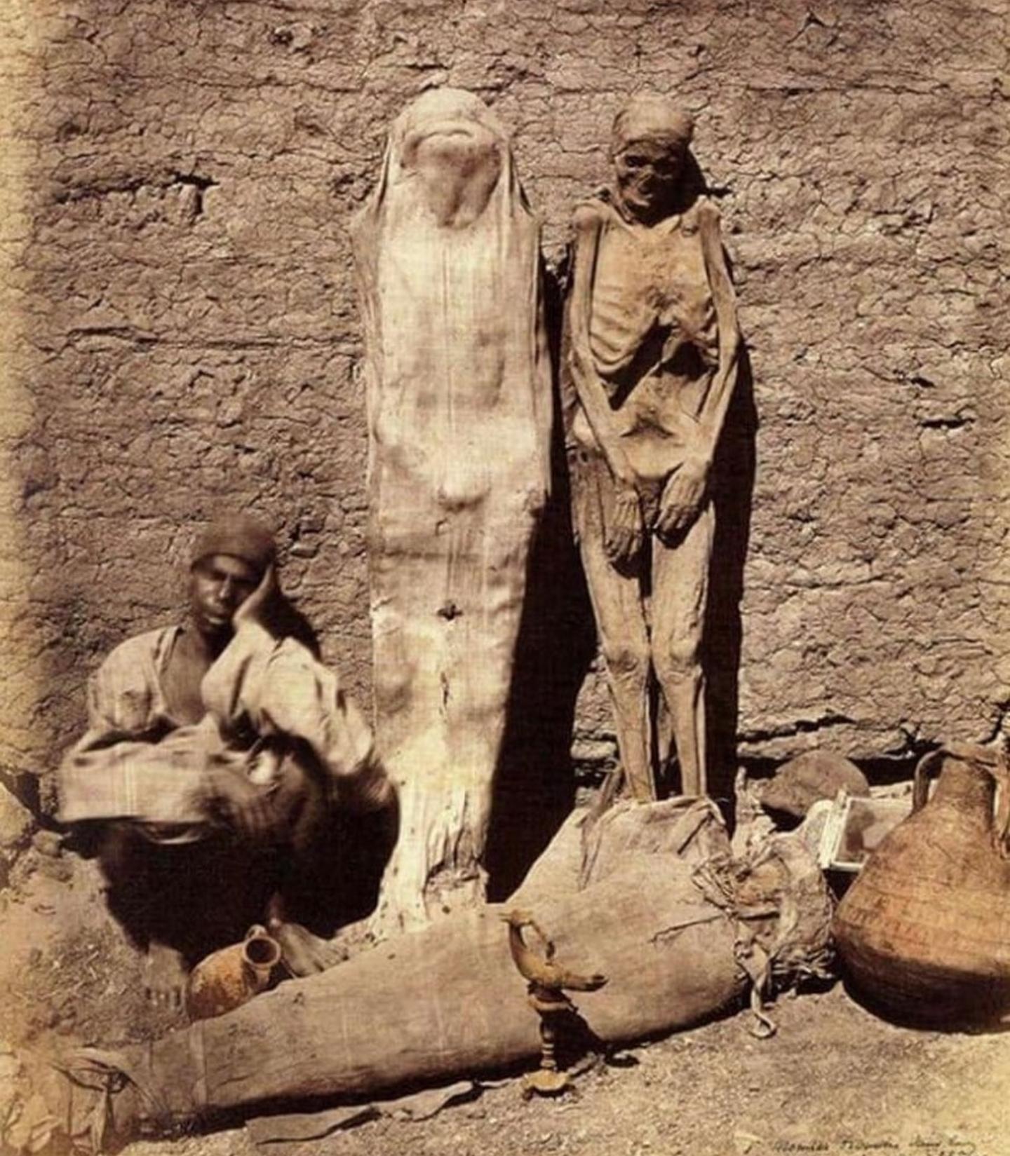 valleyofthepharaohs Mummy Seller.
