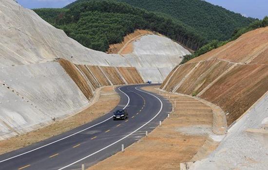 Hơn 120 bộ hồ sơ cao tốc Bắc – Nam được bán ra: Trung Quốc có mua