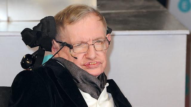 Stephen Hawking explica por qué los robots podrían acabar con la humanidad