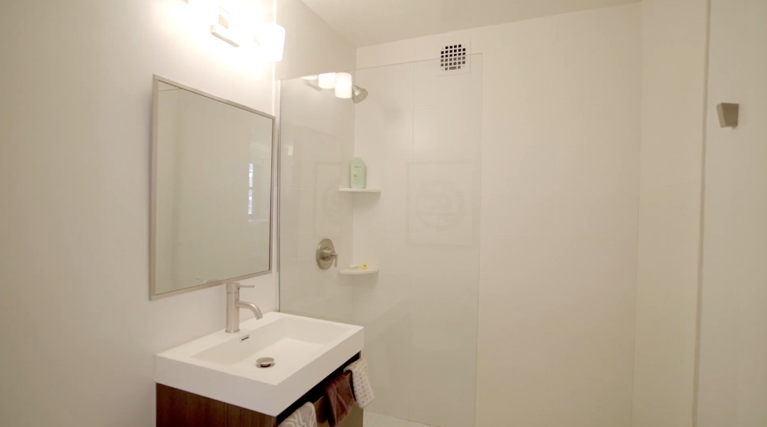 13 Interior Design Photos vs. 11 Riverside Dr #12UW, New York, NY Condo Tour
