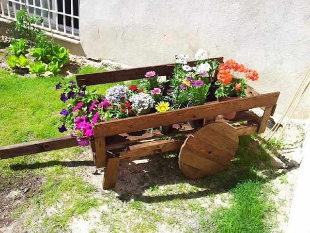 El blog de la elena un blog dulce divertido y for Carreta de madera para jardin