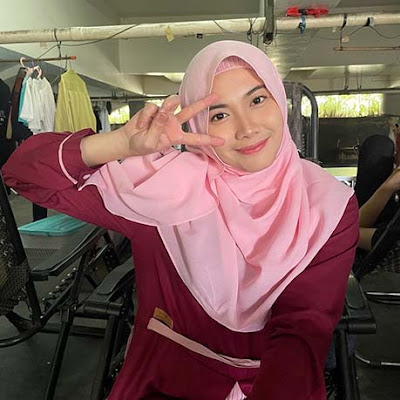 Marsha Risdasari Pakai Hijab