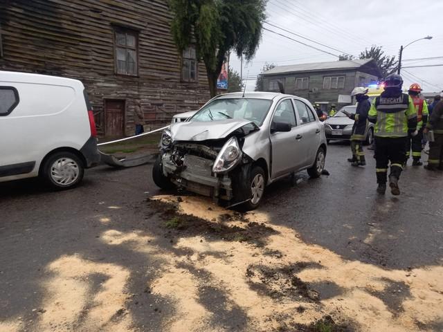 Osorno: Accidente de tránsito en Rahue deja cuatro lesionados