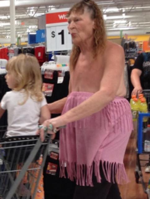 hal lucu unik aneh tidak pantas dan memalukan yang dilakukan di supermarket-2