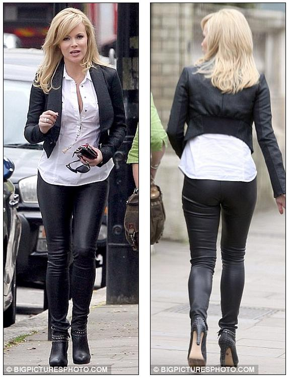 Shes Got The Look Amanda Holden Looks Every Inch The Sexy Rock Chick As She Shopped In North London Today