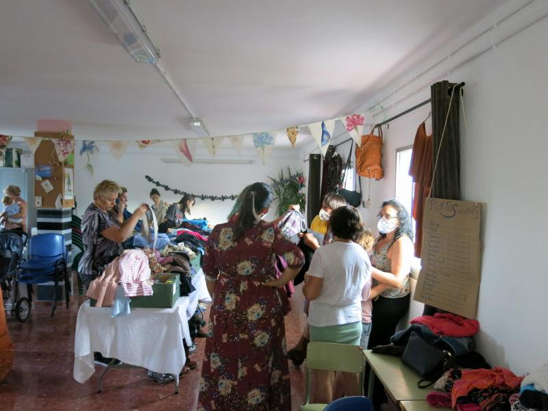 Evento de intercambio trueque de ropa GFS AEA Bosque Animado