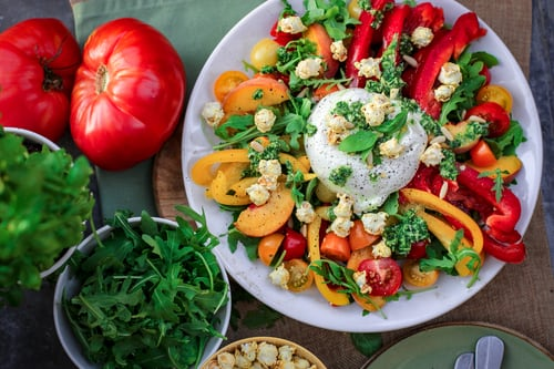 Eight Salad recipes carrot and spinach recipes  and other kinds of salad recipes with their step by the step preparation method