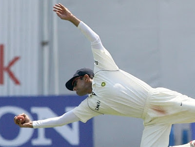rahul dravid most catches