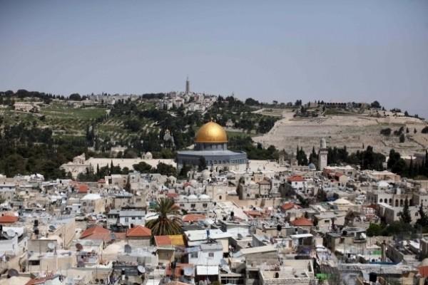 رأفت: الاتصالات مستمرة مع الاشقاء في الاردن من اجل وقف الاعتداءات اليومية في القدس
