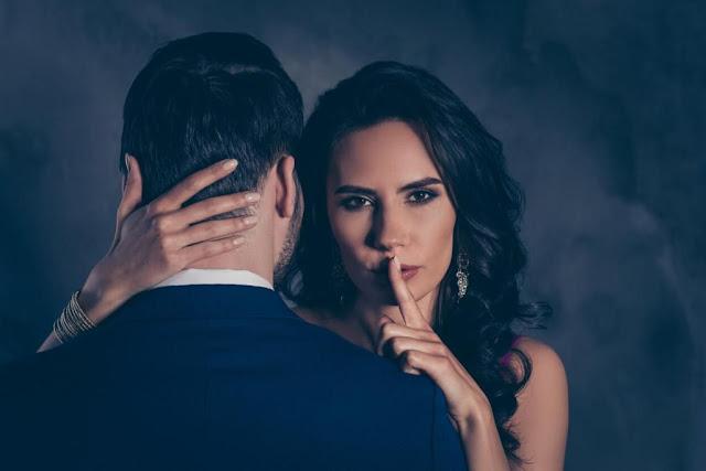 Las mujeres que se meten en una relación también serán engañadas