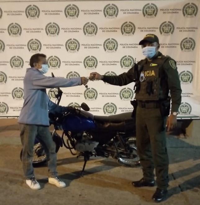 https://www.notasrosas.com/En Maicao: lo capturan por hurto de una motocicleta, que inmediatamente fue recuperada