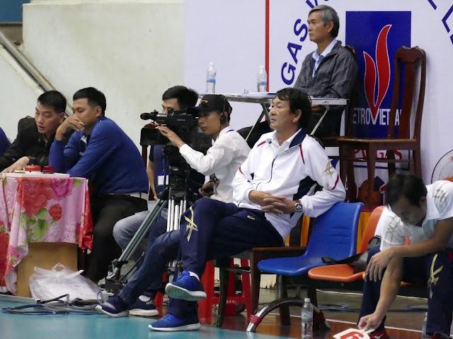 """HLV """"kỳ cựu"""" Trần Văn Thư trở lại vị trí giám sát giải VĐQG PV Gas 2020"""