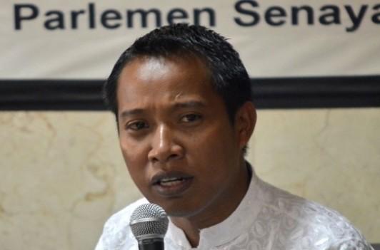 """Politisi Gerindra: Jokowi Enggak Perlu """"Ngomong"""" seperti Pengamat"""