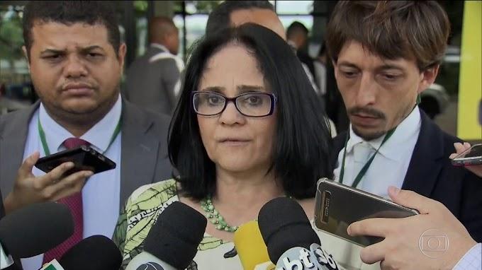 """""""Sexo entre mulher com mulher é aberração"""" afirma Damares Alves, veja"""
