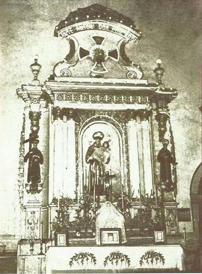 Side retablo of San Antonio de Padua, center of the Tuesday devotions