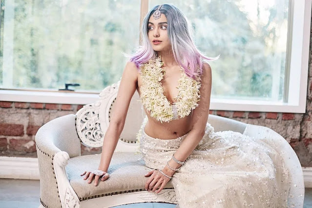 adah-sharma-latest-hot-look