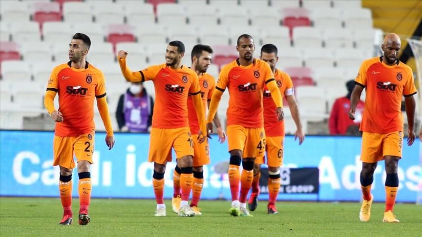 Galatasaray'da kadro değişiyor!