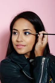 Pilih Makeup Mata yang Branded