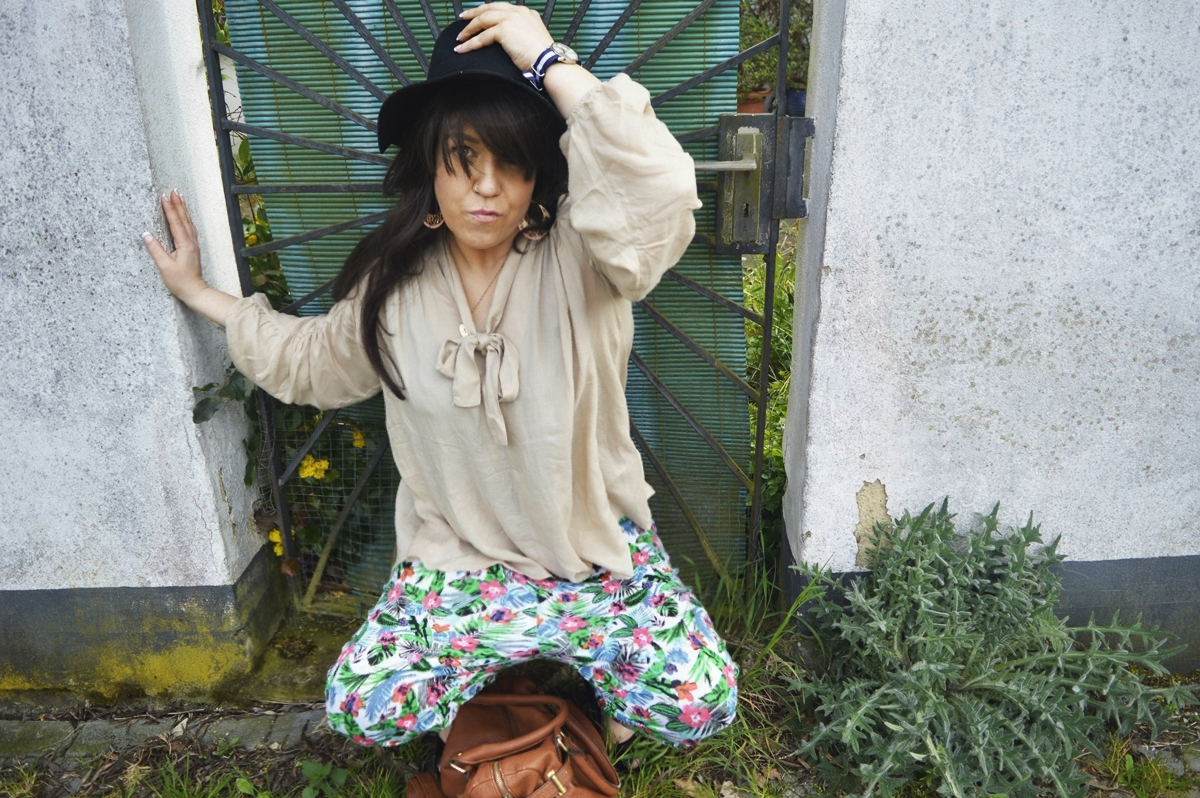 Harem pants & blouse