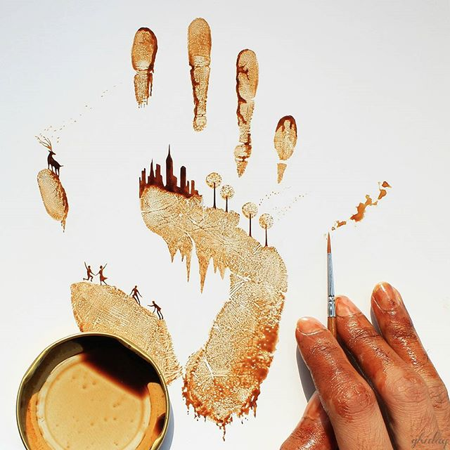 26-Ghidaq-al-Nizar-Coffee-Art-taking-part-in-Coffeetopia-www-designstack-co
