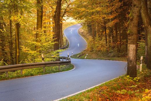 Obras Públicas destina cerca de dos millones de euros en obras de mejora de la seguridad vial en el acceso a Tuéjar