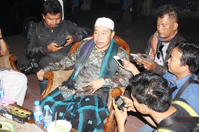 KH Adib Rofiuddin Buntet: Pilih Ahok Silhkan, tidak ya Silahkan, Jangan buat Konflik