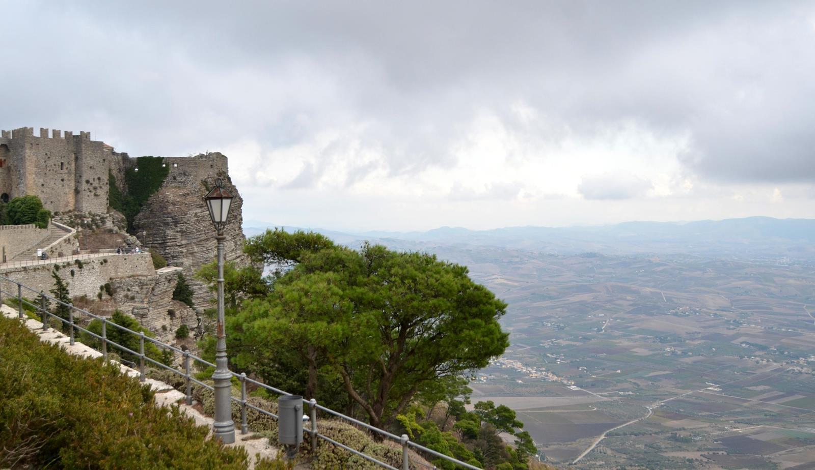 zamek w erice sycylia