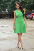 Poonam Kaur latest sizzling photos-thumbnail-11