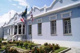 Câmara suspende sessões de 2ª e 3ª, enquanto aguarda resultado de exame em vereadores e alguns servidores