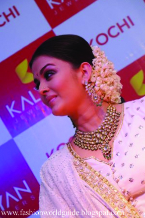 Aishwarya Rai after delivery At Public Appearance